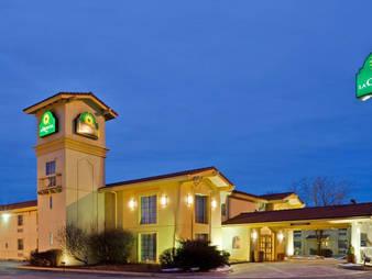 La Quinta Inn by Wyndham Omaha - West