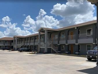 Texan inn & Suites Tilden