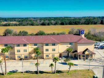 America's Best Value Inn & Suites Winnie