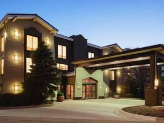 La Quinta Inn & Suites Chicago - Hoffman Estates